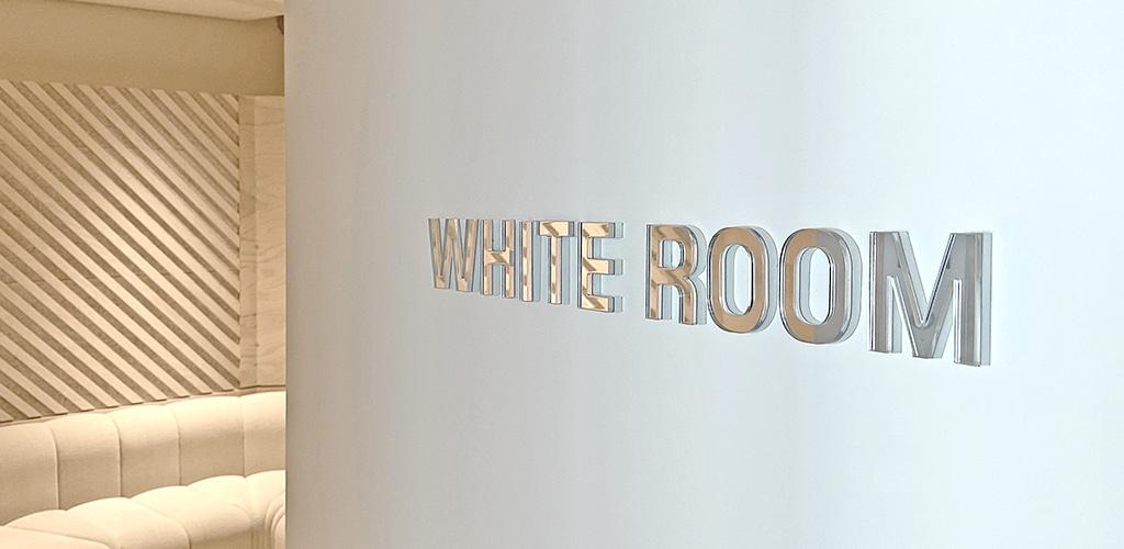 Sony_Signage_WhiteRoom1